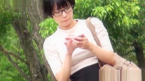 Adorable japanese babes taped secretly while urinating...