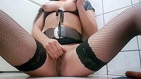 Pepina chilena masturba con longaniza hot pussy amateur...