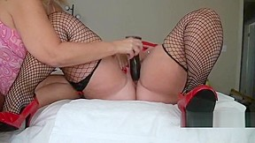 Aunty alex uses her magic wand in desirees...