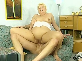 Mom for first anal...