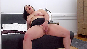 Mom patricia with tiny hungry pussy...
