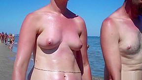Mature beach spycam close up video...