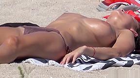 Big tits topless horny girls bikini cameltoe hd...