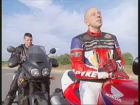 Two bikers have hunk shag...