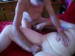 Fat granny got fingered and fucked...