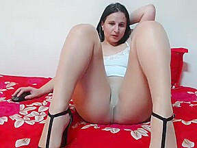 Milf ready for pussy lick...