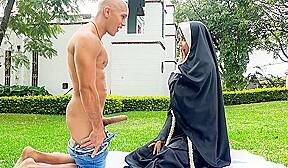 Erik Klein Yudi Pineda In Dirty Sister Fucks The Gardener