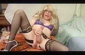 Mouth sissy training pussyboy...