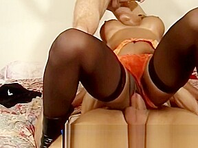 Mature women maked foursome...