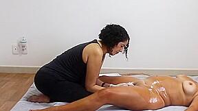 Yoni massage portuguez brasileiro...