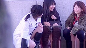 Japanese teens upskirt...