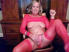 American blonde masturbating red lingerie...