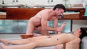 Brunette masseuse nasty handjob...