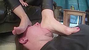 feet N73...