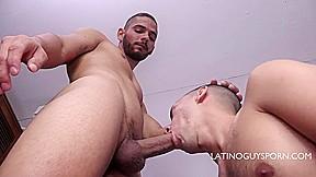 Latinoguysporn...