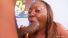 View facesitting ebony...