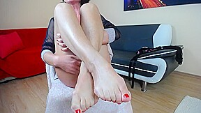 Amateur boobs mature solo footfetish with oil...