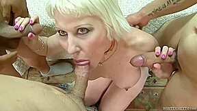 Blond granny fourosme porn...