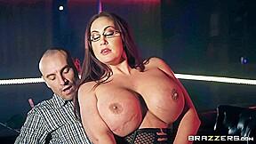 Incredible seduces baldhead daddy in striptease club butt...