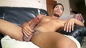 Latino inocencio jacking off iomacho...