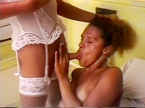 Pretty wife cum sprayed by hung blond transsexual...