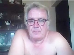 Dad plays cam...