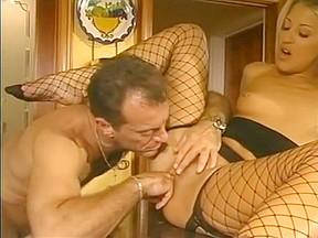 In fabulous cunnilingus blowjob porn clip...