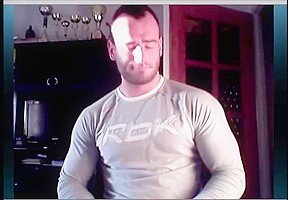 Naked bearded body builder cums...
