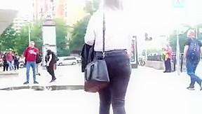 Voyeur brunette sex clip...