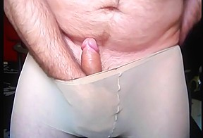 Cum in pantyhose...