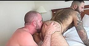 Sexy bears flip flop sex muscle fucking...