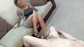Sexy ballbusting...