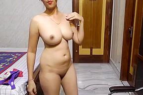 Desi White Milky Babe Hot Show Ii Adorable Milky Babe Hot Dance For You