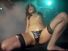 Oil dance 1...