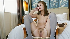 Hanna with sexy pantyhose...