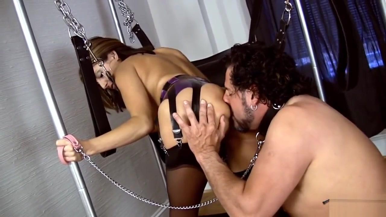 Lola Lynn crazy ass licking