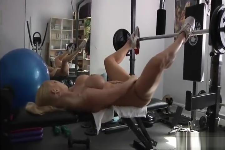 Jenny Poussin - Naughty Workout