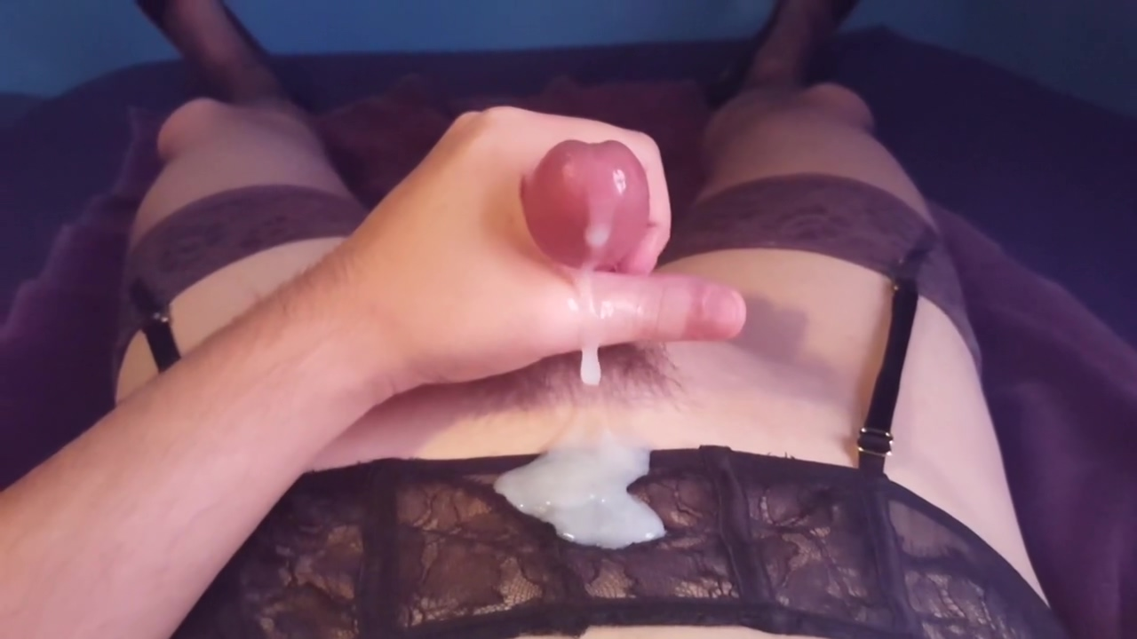 Cummy Masterbation 2 with lingerie and heels