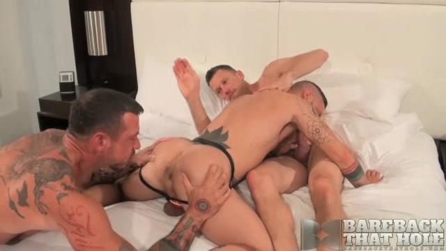 Ray Dalton, Kyle Braun and Cy Cohen - BarebackThatHole