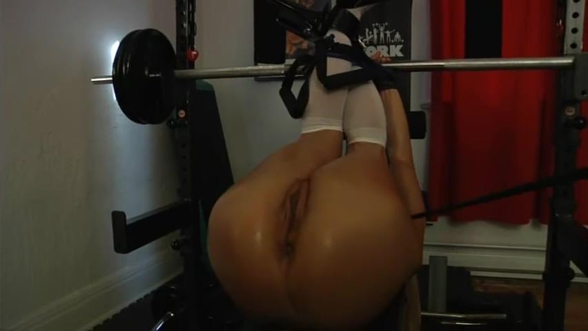 Jenny Poussin - Gym bondage