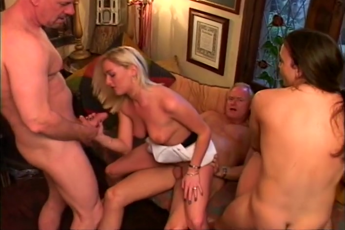 Donna Marie And Amber Roxx Have A Sexy Foot Orgy