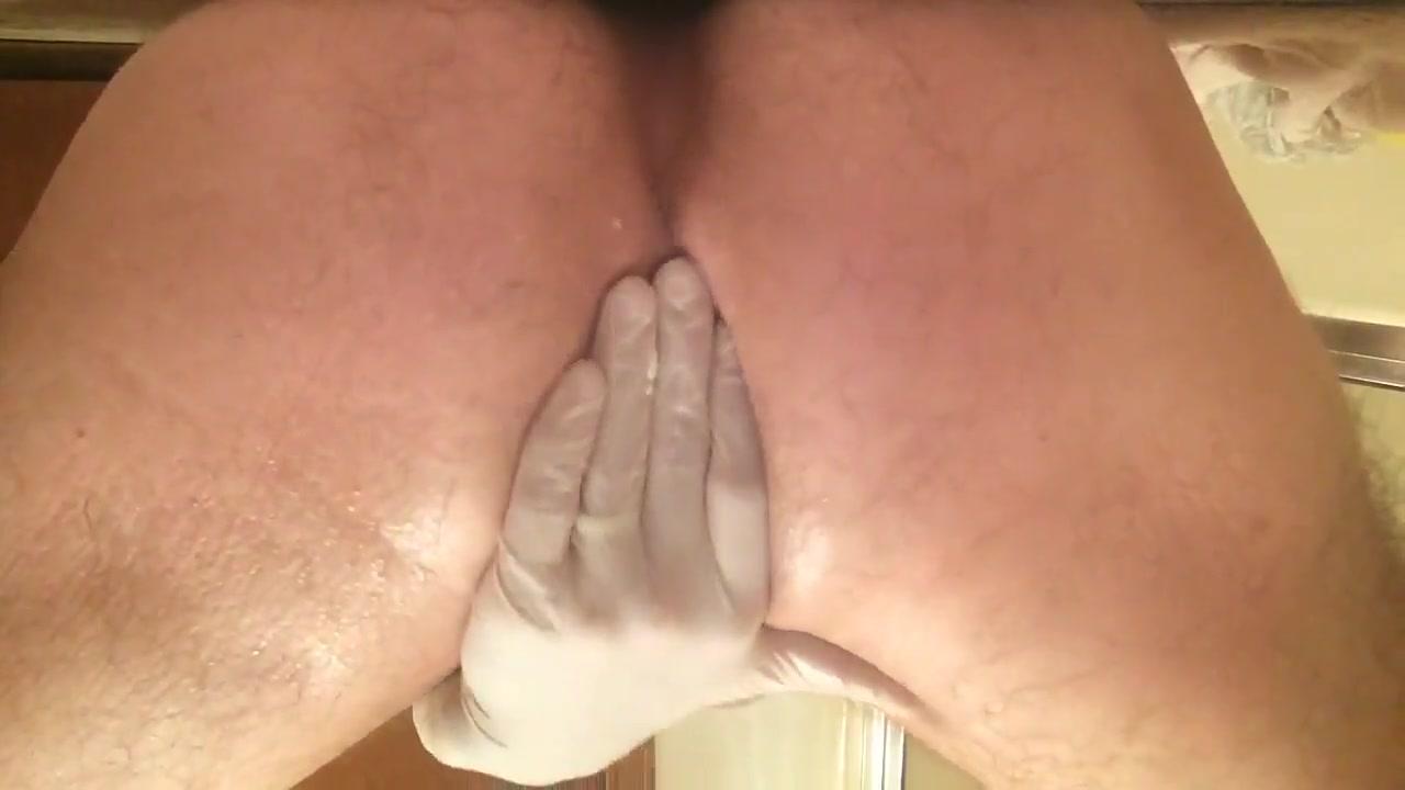 Anal Stretching With Veggies 02 (plus 9 inch dildo)
