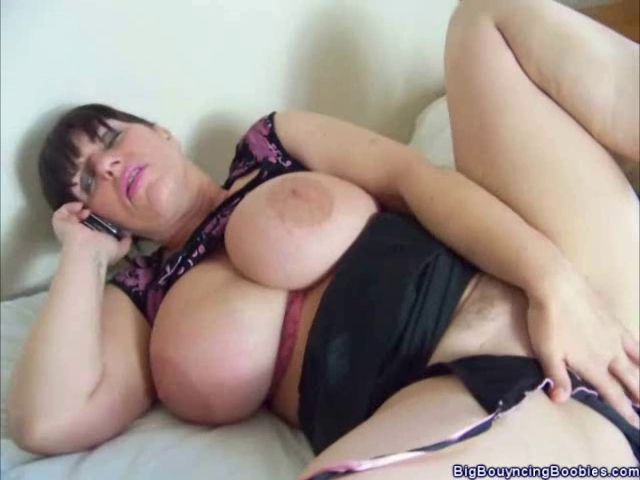 Glamour mother I'd like to fuck Josephine James Phone Sex