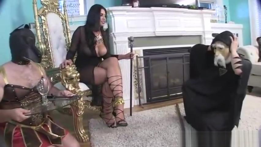 Jasmine mendez cast an unbreakable foot spell