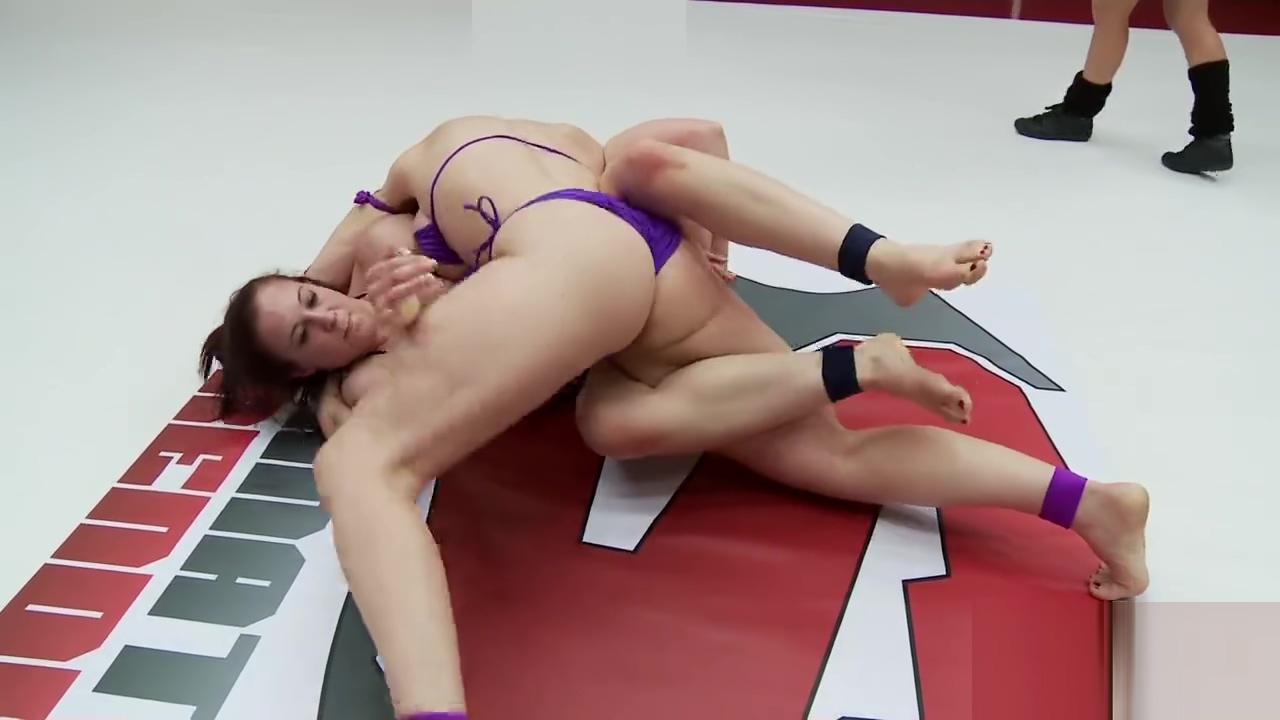 Mistress Kara vs. Cheyenne Jewel (Ultimate Surrender)