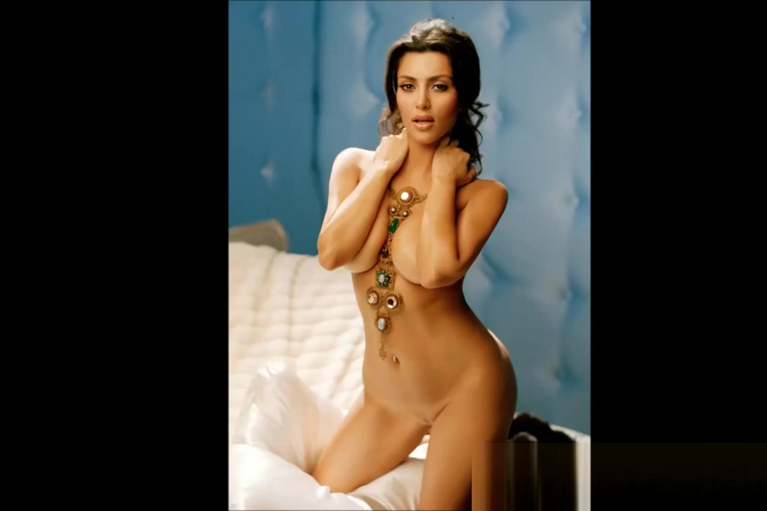 Beautiful Kim Kardashian Nude Celebrity Babe Shaven Pussy