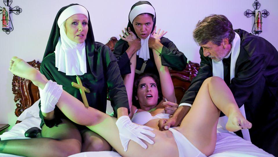 Dana Vespoli & Julia Ann & Victoria Voxxx & Steve Holmes in Ministry Of Evil Sc. 3: Threesome Nun - EvilAngel