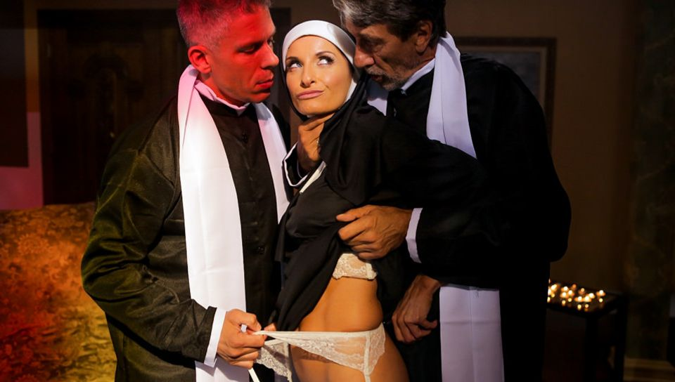 Silvia Saige & Steve Holmes & Mick Blue in Ministry Of Evil Sc. 1: Anal Threesome - EvilAngel