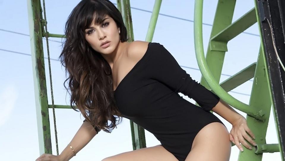 Sunny Leone in Black Bodysuit Chrome Vibrator Video