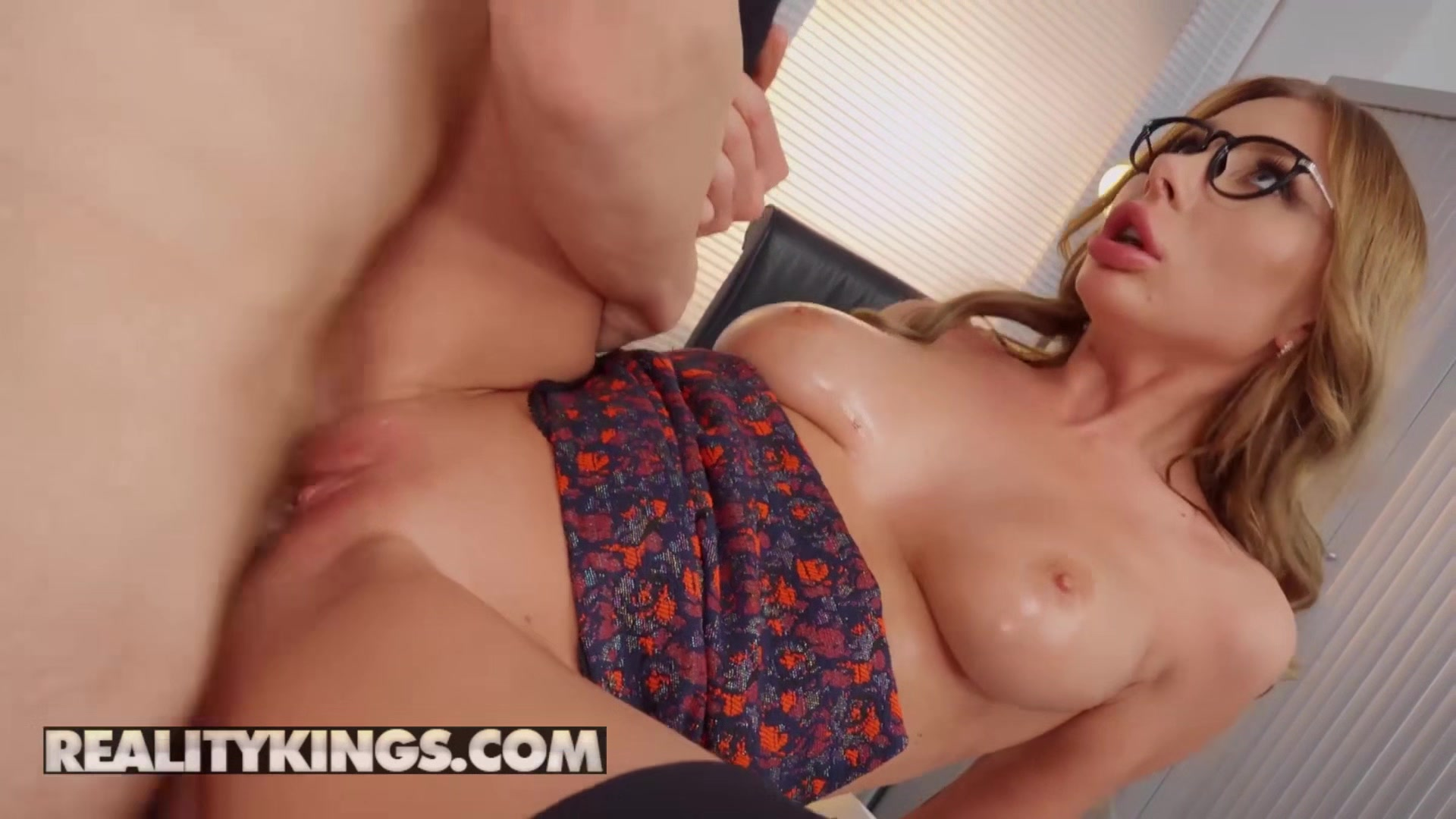 Reality Kings - Marilyn Crystal - Employee Of The Month